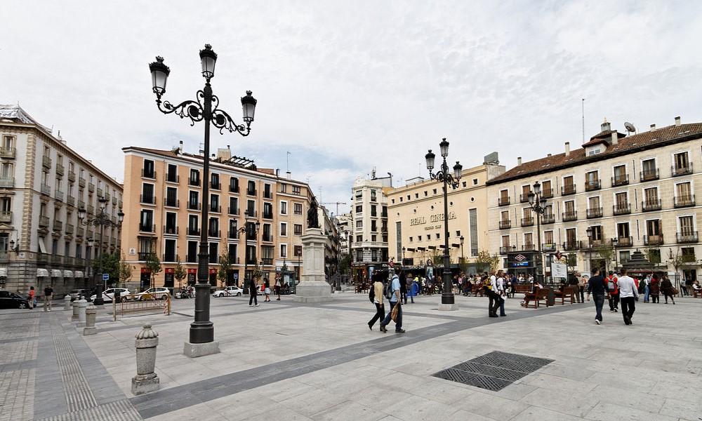 Plaza de Isabel II Madrid de los Austrias